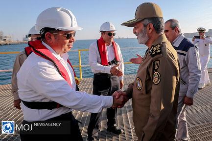 بازدید فرمانده قرارگاه پدافند از نفتکشهای اسکله تی