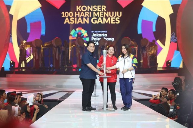 مشعل بازیهای آسیایی ۲۰۱۸ در جاکارتا رونمایی شد