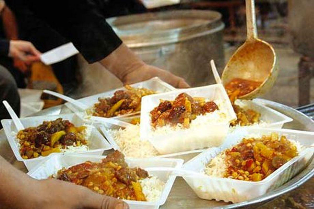 طبخ بیش از 38 هزار پرس غذای گرم از محل موقوفات استان یزد