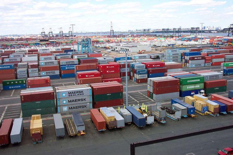 صادرات کالا از گمرکات آذربایجان شرقی 23 درصد رشد داشته است