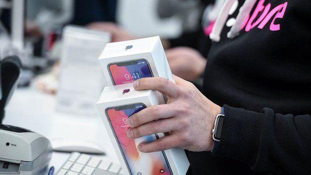 سامسونگ قصد دارد حدود ۲۰۰ میلیون واحد پنل اولد برای آیفون ۱۰ اپل تولید کند