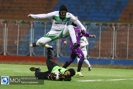 دیدار تیم های فوتبال بانوان سپیدار مازندران و راه یاب ملل مریوان