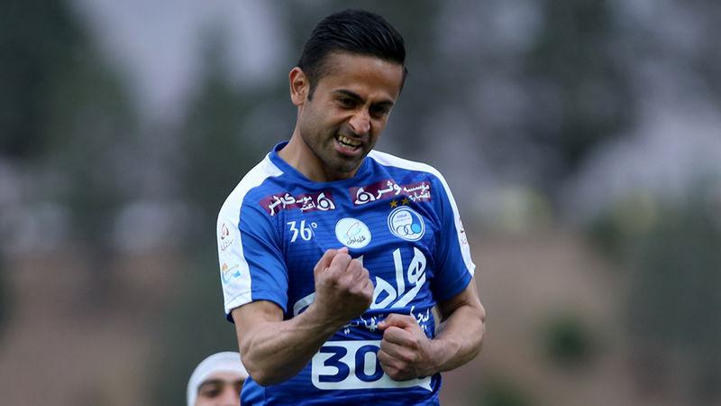 امید ابراهیمی از استقلال جدا شد/ توافق هافبک فصل گذشته استقلال با تیم الاهلى قطر