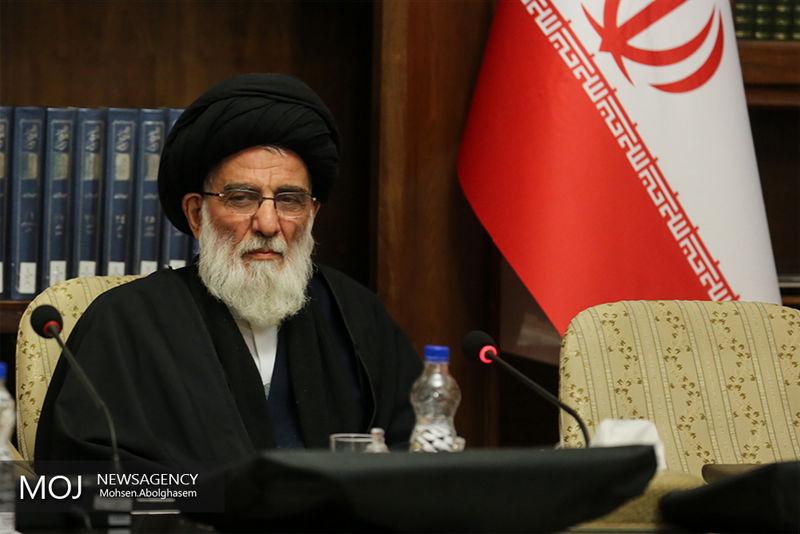 مسوولان با اقدامات آشوبگرانه اخیر در تهران با قاطعیت برخورد کنند