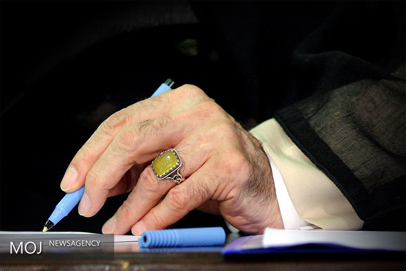 رهبر معظم انقلاب درگذشت احمد احمدی را تسلیت گفتند