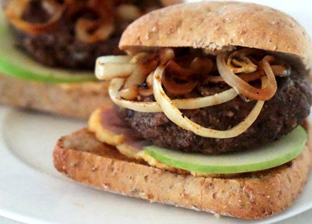 «همبرگر غیرممکن» بدون گوشت تولید شد