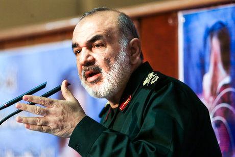 نفوذ ما در جهان اسلامی از جنس نفوذ آمریکاییها نیست/  رژیم صهیونیستی در حد تهدید ما نیست