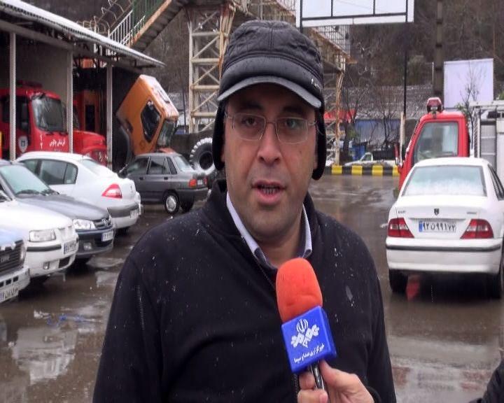 استقرار اکیپ های مدیریت بحران شهرداری چالوس در سطح شهر