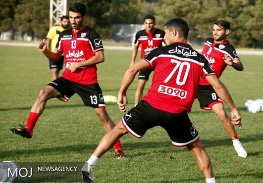 تمرین تیم فوتبال پرسپولیس در غیاب کریم باقری انجام شد