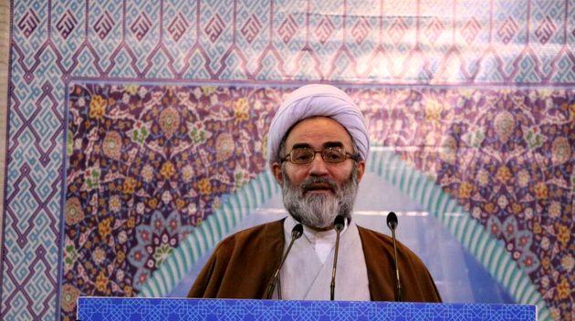 نماز جمعه مظهر وحدت و همبستگی ملت مسلمان ایران و دنیاست
