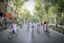 کودکان و نوجوانان اصفهانی با دوچرخه برای تماشای فیلمهای جشنواره کودک بیایند