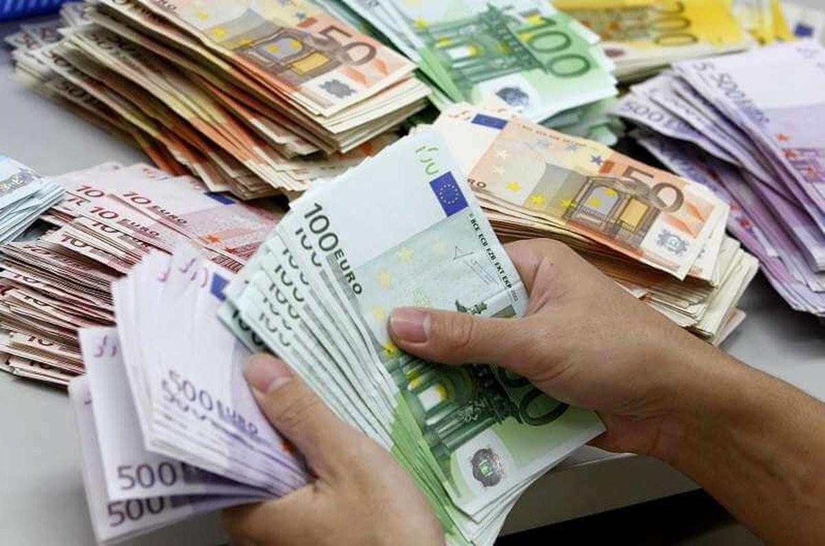 قیمت ارز دولتی ۹ مرداد ۱۴۰۰/ نرخ ۴۷ ارز عمده اعلام شد
