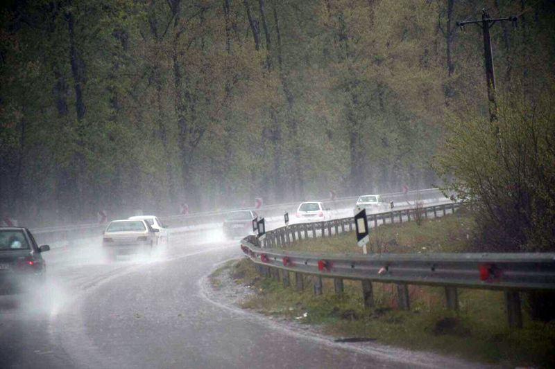 آخرین وضعیت جوی و ترافیکی جاده های کشور در صبح 3 آبان