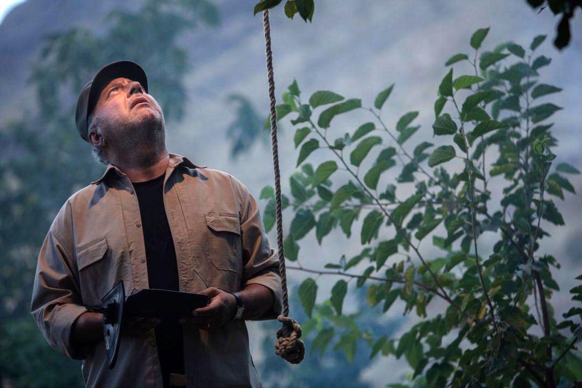 جشنواره مد فیلم همراه با نمایش جنایت بی دقت از بابک کریمی تجلیل می کند