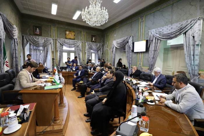 مراسم تحلیف بهراد ذاکری، عضو علی البدل شورای شهر رشت برگزار شد