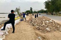 ساخت سیل بند با کمک نیروهای اصفهانی و مردم اهواز
