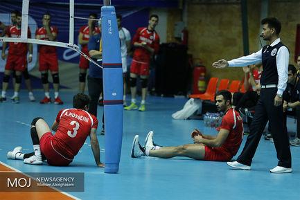 دیدار تیم های والیبال بانک سرمایه و شهرداری تبریز
