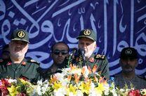 پیام رژه ملی، تحقق امنیت و ثبات در مرزهای ایران است/ توافق نامه برجام متکی به قدرت بازدارندگی ایران است
