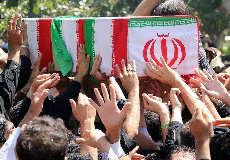 تشییع پیکر مطهر 13 شهید دفاع مقدس در اصفهان