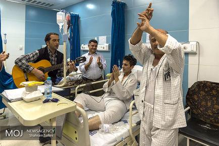 جشن+شب+یلدا+با+بیماران+سرطانی (1)