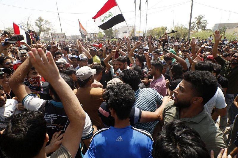 معترضان عراقی بار دیگر به خیابان ها ریختند