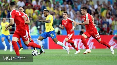جام جهانی فوتبال - دیدار تیم های برزیل و صربستان