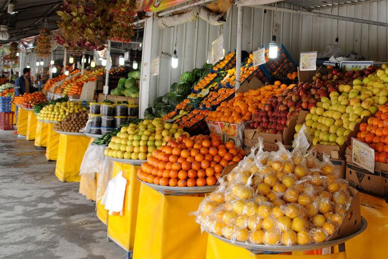 مشکلی در میزان عرضه میوه در بازار مازندران وجود ندارد