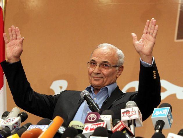 شفیق در انتخابات مصر نامزد نمی شود