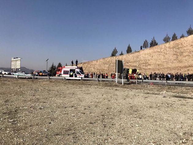 جزئیات تصادف زنجیرهای 50 خودرو که 500 نفر در راه مانده شدند