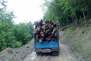 محموله ای که به مقصد نرسید/ قاچاقچیان چوب در خرم آباد دستگیر شدند