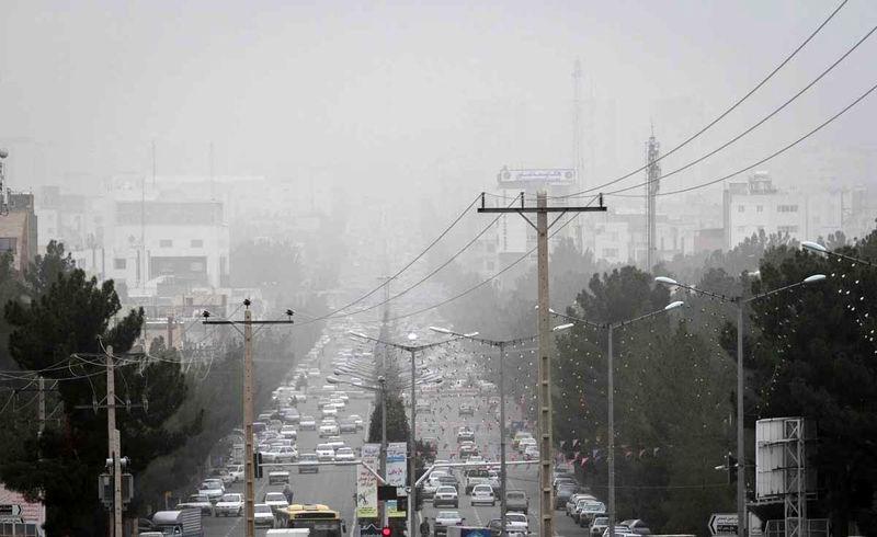 هوای شهر ساری به صورت لحظه ای به مرز ناسالم رسید