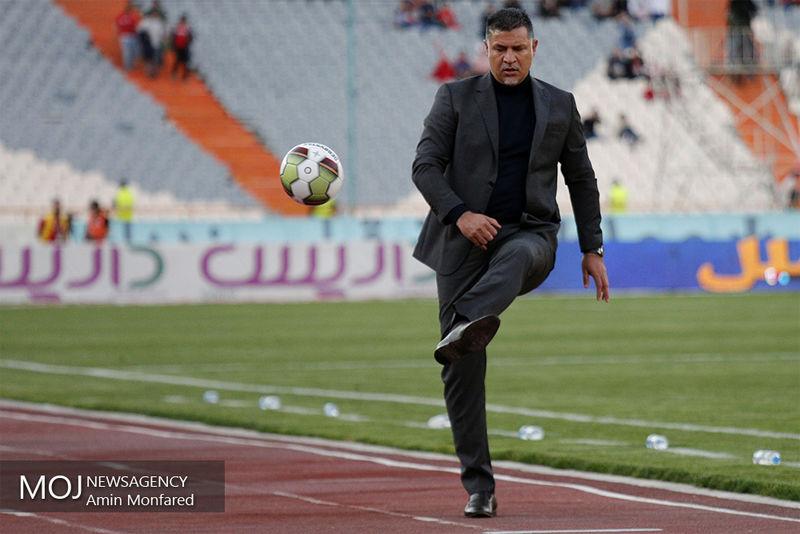 حضور سرزده علی دایی در فدراسیون فوتبال