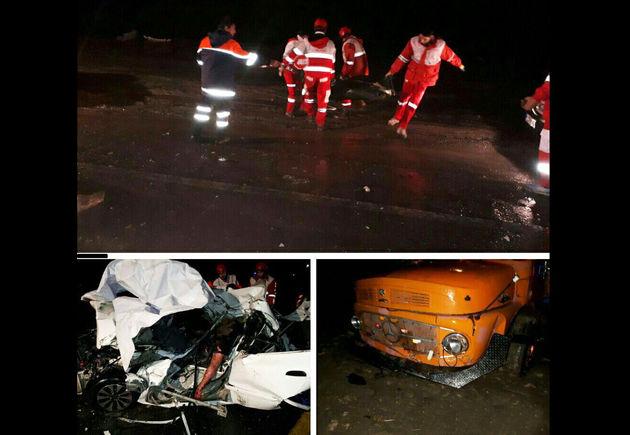 تصادف در محور بروجرد - اراک 4 کشته و یک مصدوم بر جای گذاشت