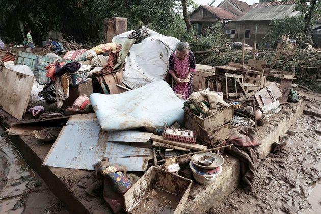 طوفان و سیل در جنوب چین ۲۰ کشته برجای گذاشت