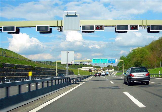 تجهیز راه های برون شهری استان اصفهان به سیستم های حمل و نقل هوشمند جاده ای(ITS)