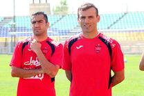 سید جلال کنار تیم گرم کرد