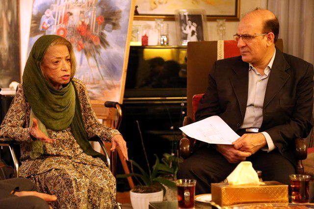 حضور هنرمند نقاش ایران درودی در شورای شهر تهران