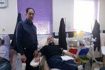 اهدای خون مدیرکل وکارکنان درمان تامین اجتماعی قم