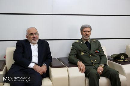 بازدید وزیر و مسئولان وزارت خارجه از توانمندیهای وزارت دفاع