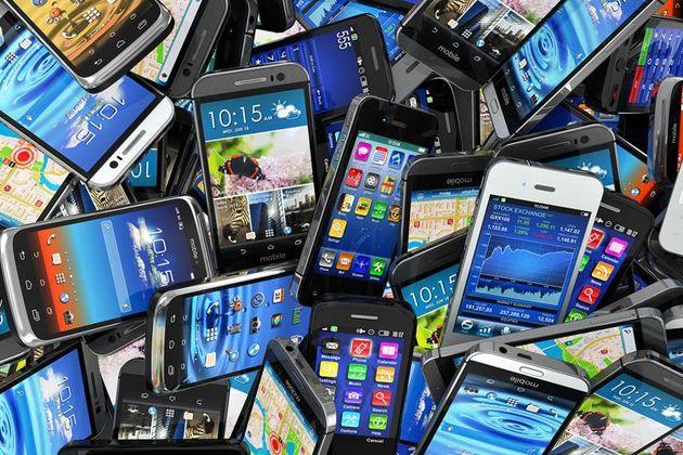 کشف 100 دستگاه گوشی تلفن همراه قاچاق در اصفهان