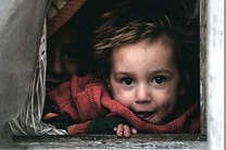 سازمان های مردم نهاد و موسسات خیریه به کمک خانواده های تحت پوشش بهزیستی بیایند