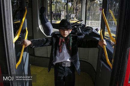 اتوبوس دو طبقه مخصوص تهران گردی