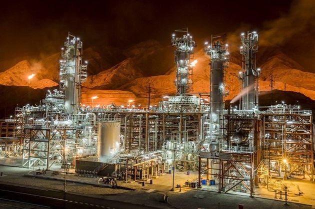 نمایشگاه بینالمللی صنعت نفت ایران آغاز بهکار میکند