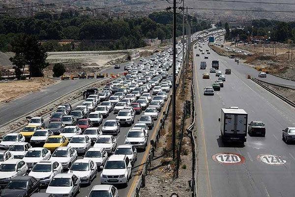 ترافیک در کندوان و هراز پرحجم و نیمه سنگین است