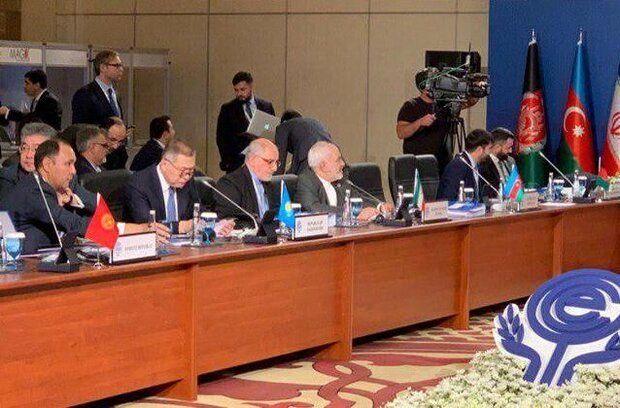 آغاز نشست شورای وزیران امور خارجه اکو با حضور ظریف