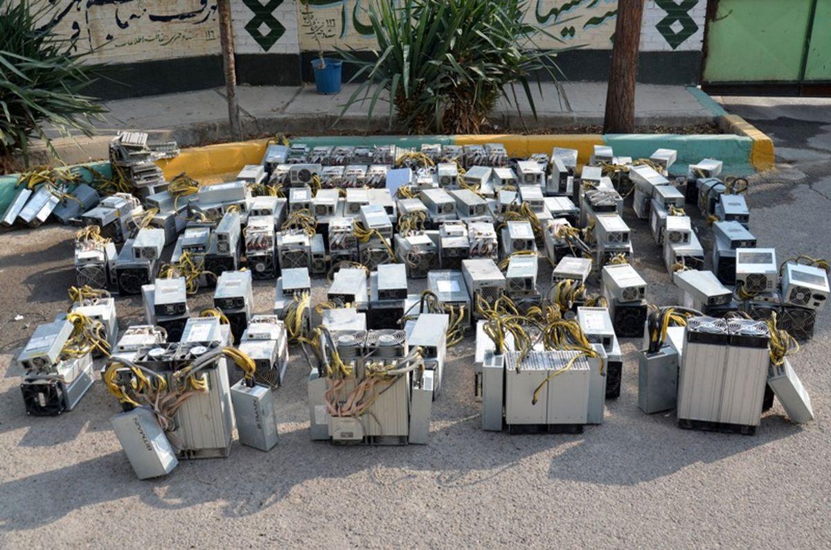 ۳۰ دستگاه استخراج ارز دیجیتال در پایتخت کشف شد