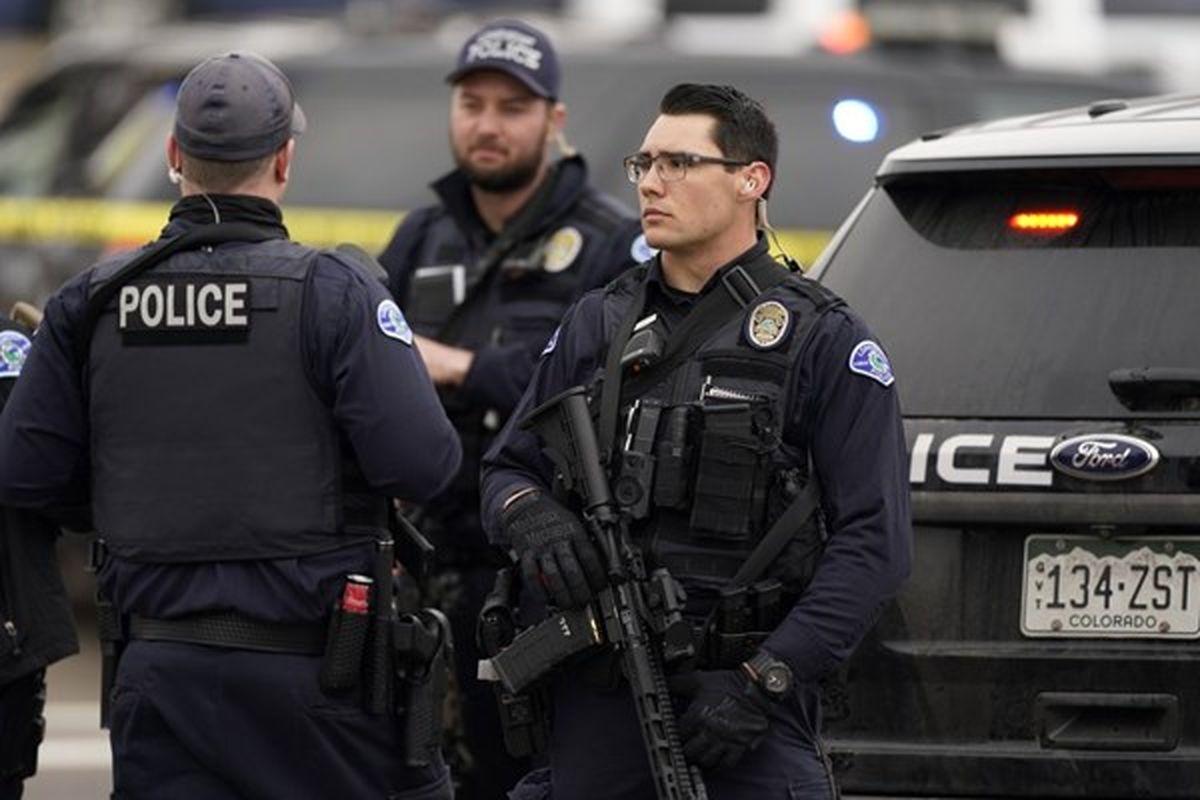 تیراندازی مرگبار در آمریکا/ ۱۰ نفر کشته شدند