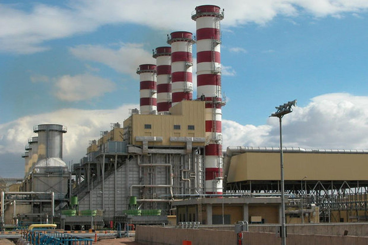 افزایش ۵۰ درصدی توان تولید آب شیرین کن های نیروگاه بندرعباس