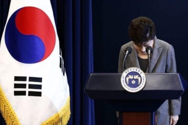 رئیس جمهور معزول کره جنوبی به دادگاه رفت