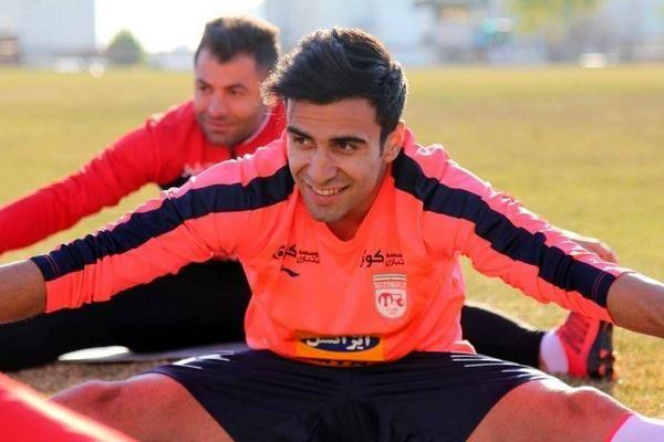 مهاجم سابق تراکتورسازی به تیم ذوبآهن اصفهان پیوست